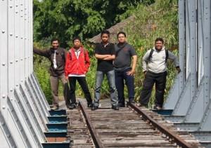 para-pemburu jejak kereta api