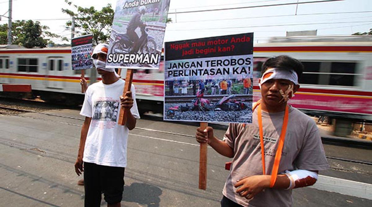 """IRPS Dan Humas KAI Selenggarakan """"Kampanye Keamanan Perlintasan Sebidang Kereta Api"""""""