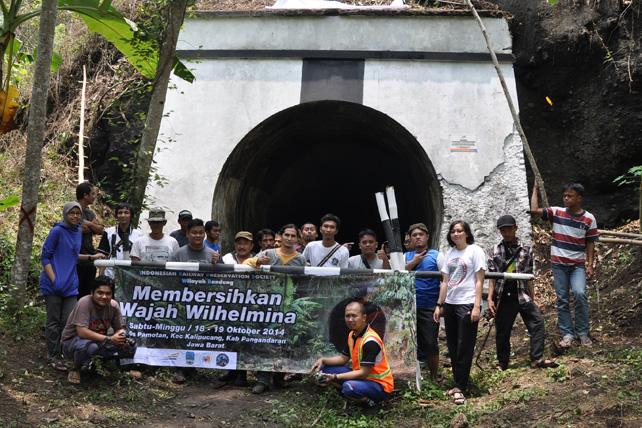 "Bakti Prasarana IRPS Bandung ""Membersihkan Wajah Wilhelmina"""