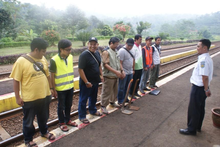 Bhakti Prasarana IRPS Bandung di Stasiun dan Terowongan Sasaksaat