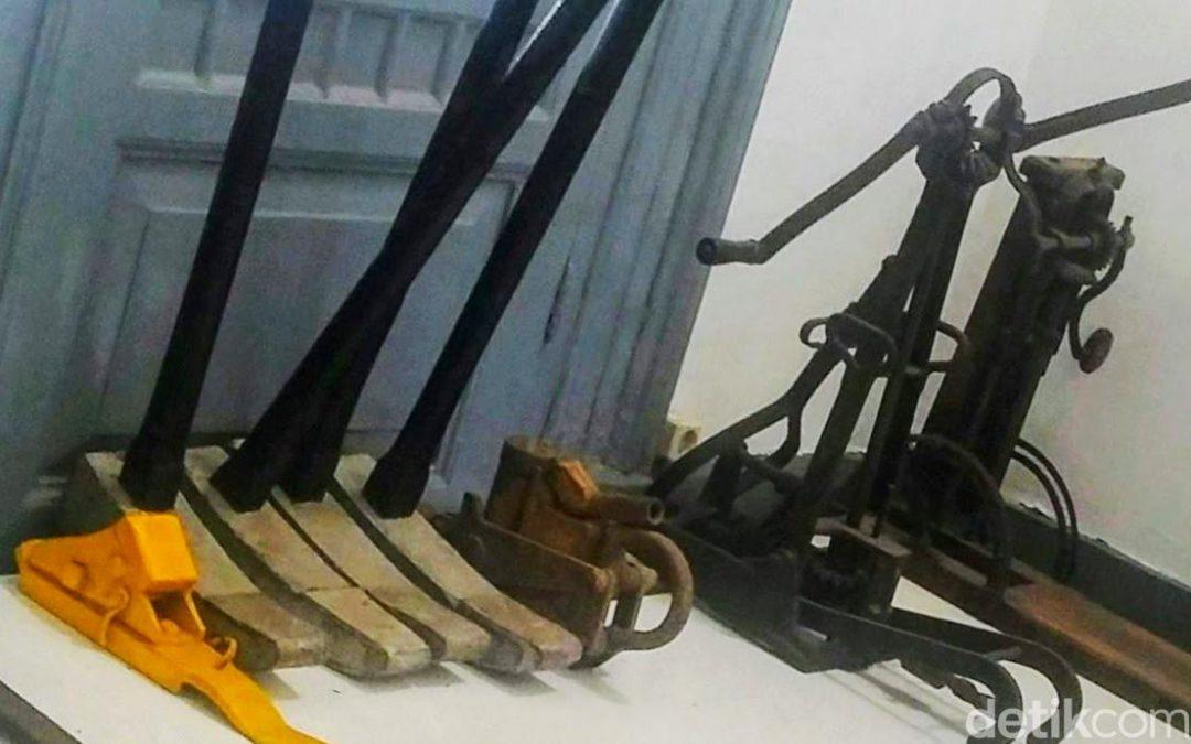 Museum Kereta Api di Bondowoso yang Nyaris Terlupakan
