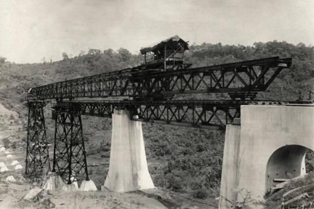 Jembatan Kereta Api Cikacepit, Bangunan Sejarah Tergerus Zaman